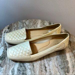 Easy Spirit JESSA Loafer size 7 cream shoes